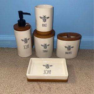 Rae Dunn Bathroom Set